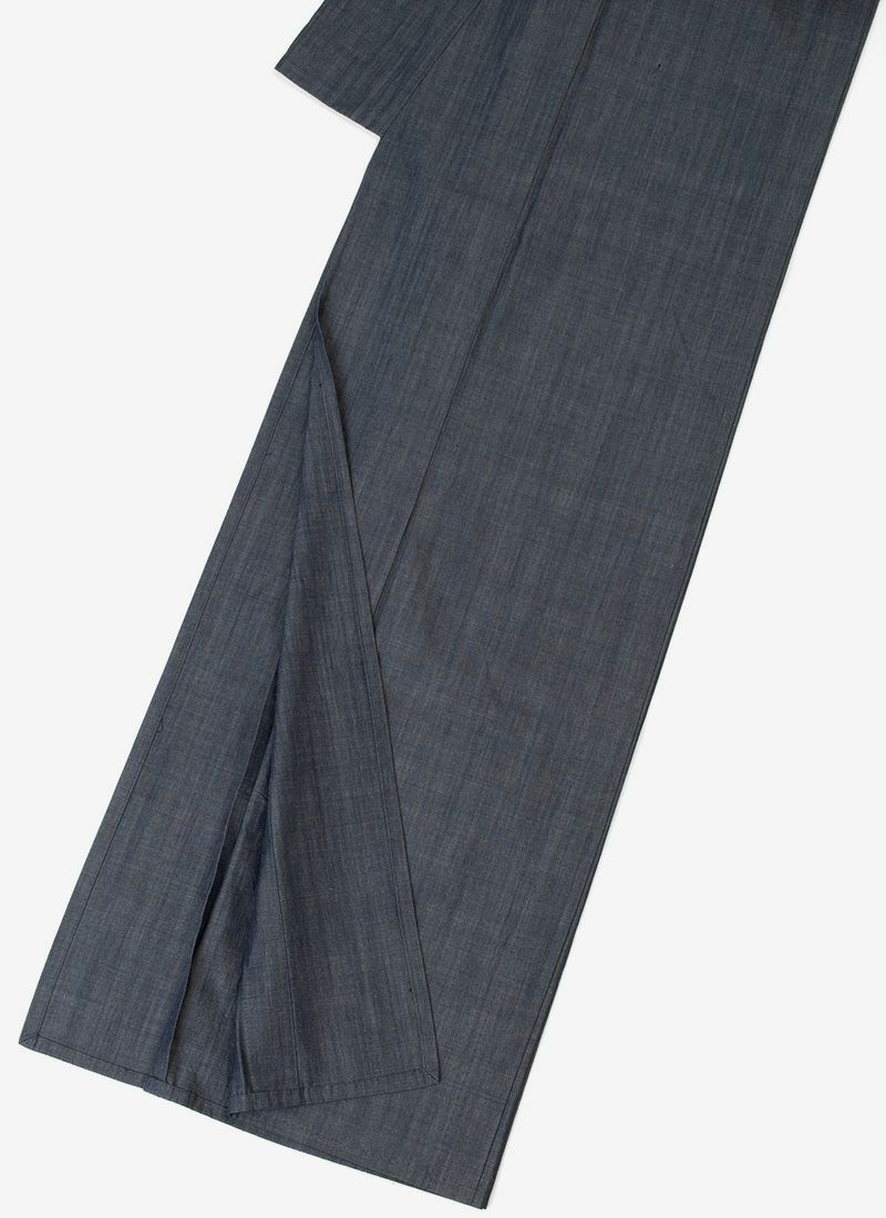 着物屋くるり デニム着物 GIZA グランブルー モデル着用イメージ