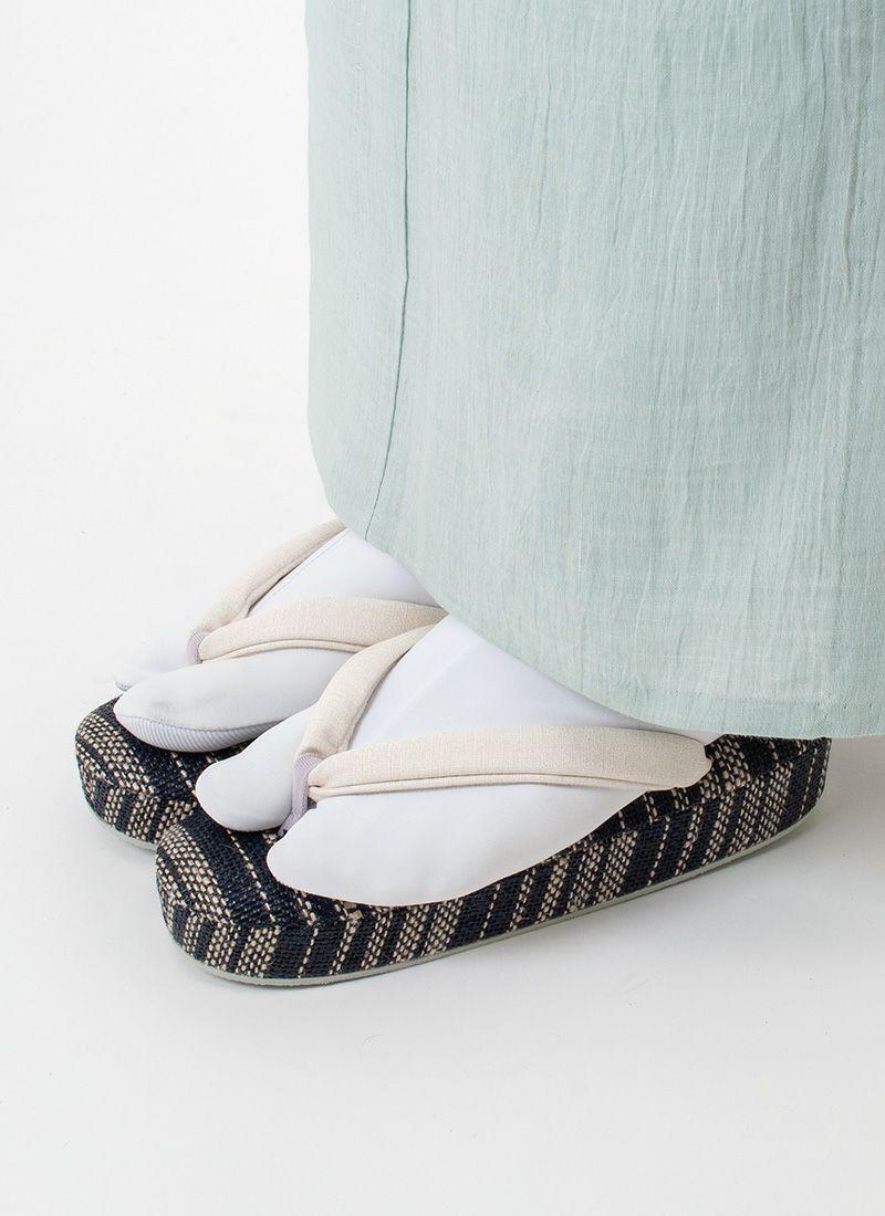 着物 くるり 高機能草履【Air Fabric】ネイビー